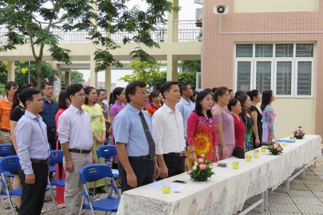 Lễ bế giảng năm học 2016-2017 và tri ân, trưởng thành của HS niên khóa 2014-2017 - Trường THPT Thạch Bàn